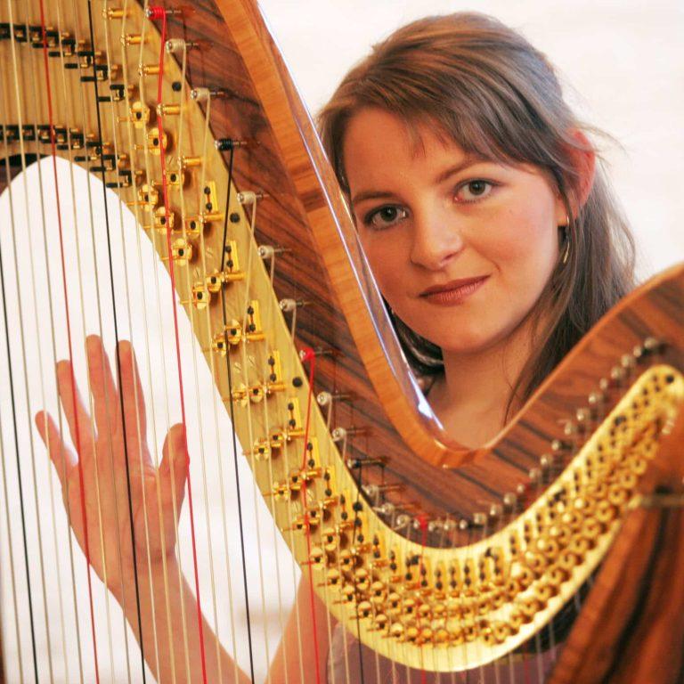 Harfenistin Sophia Warczak